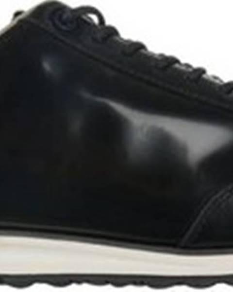 Černé boty lacoste