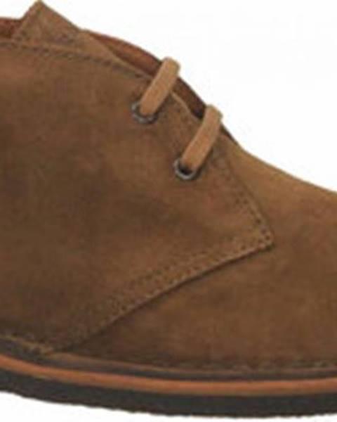 Jiná barva boty Frau