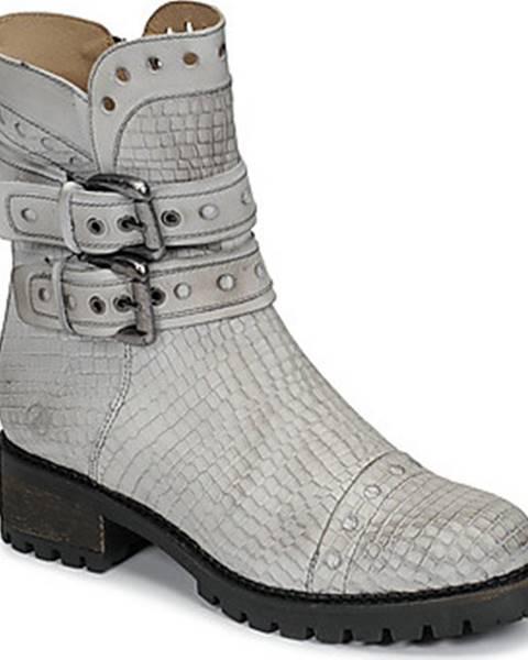 Bílé boty Casta