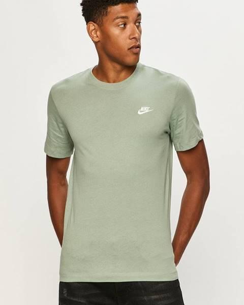 Zelené tričko Nike Sportswear