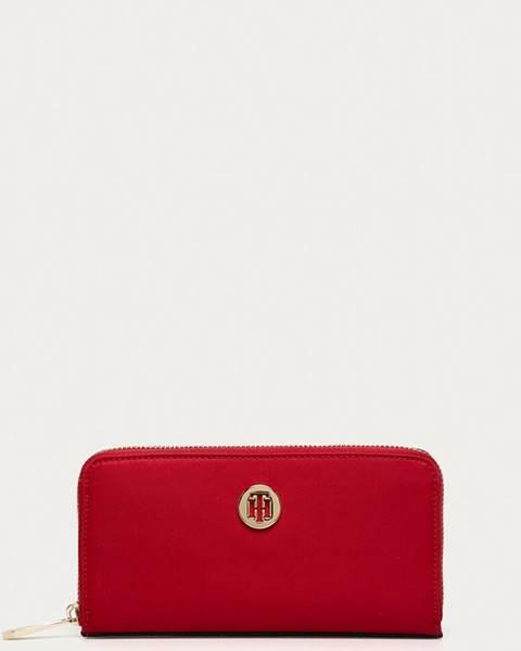 Červená peněženka tommy hilfiger