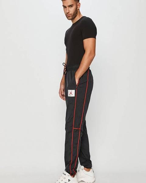Černé kalhoty Jordan