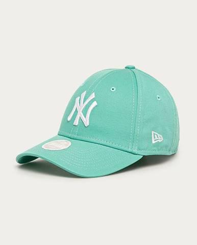 Čepice, klobouky new era