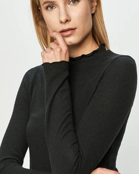 Černý svetr Haily's
