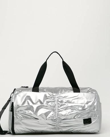 Stříbrný kufr NOBO