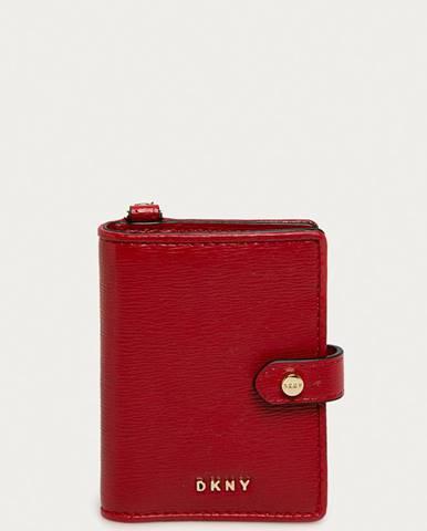 Červená peněženka dkny
