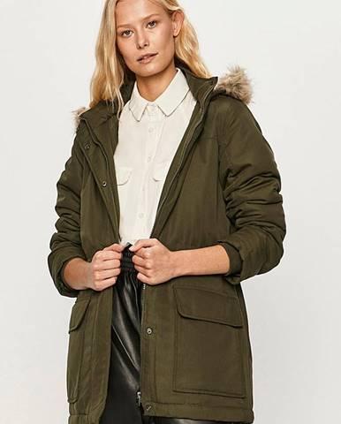 Bundy, kabáty jacqueline de yong