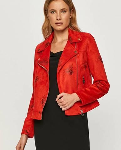 Červená bunda desigual