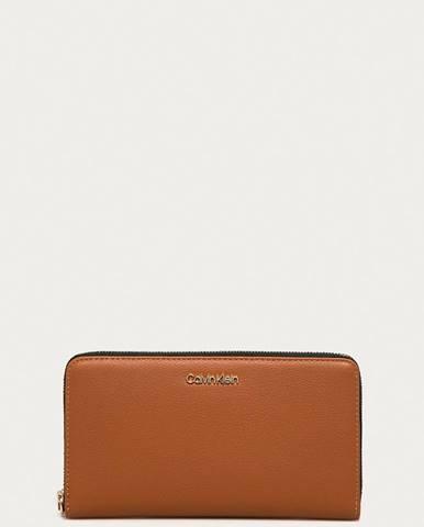 Hnědá peněženka Calvin Klein
