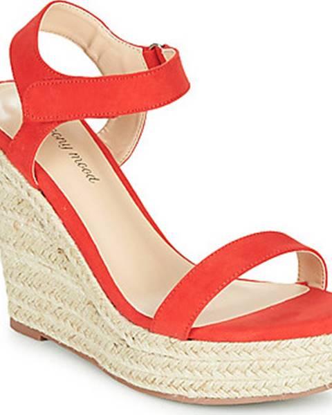 Červené sandály Moony Mood