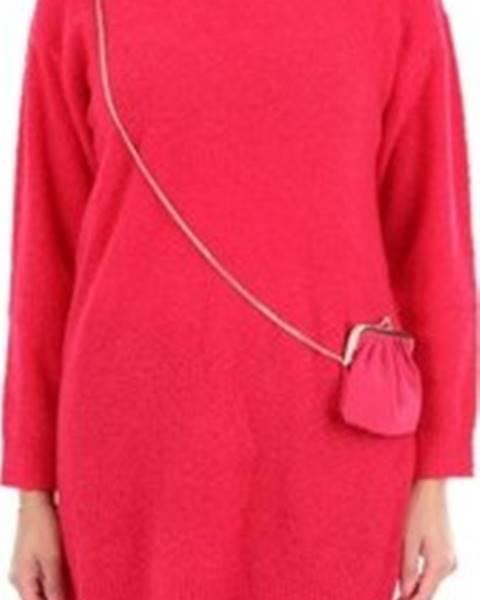Červený svetr Moschino
