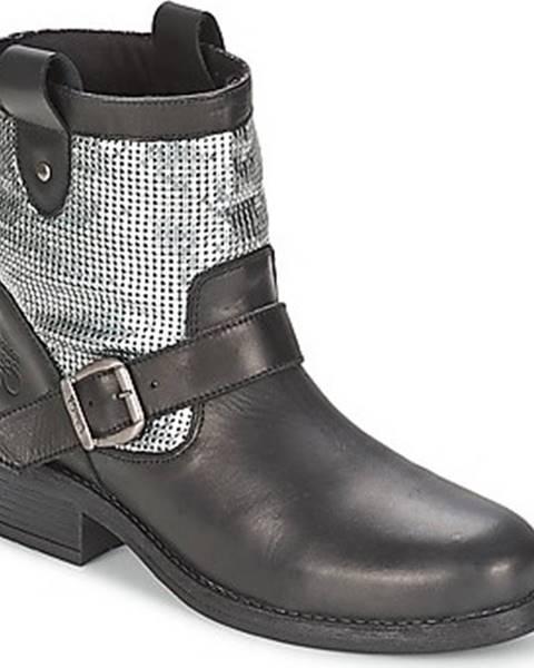 Černé boty Le Temps des Cerises