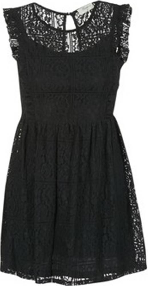 Betty London Betty London Krátké šaty GLATOS Černá