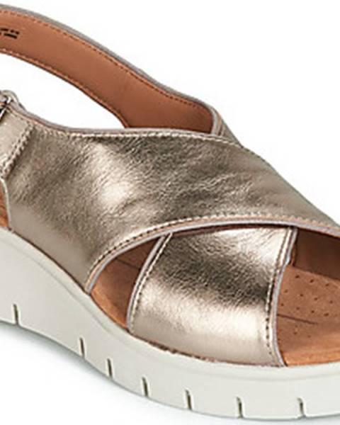 Zlaté sandály Clarks
