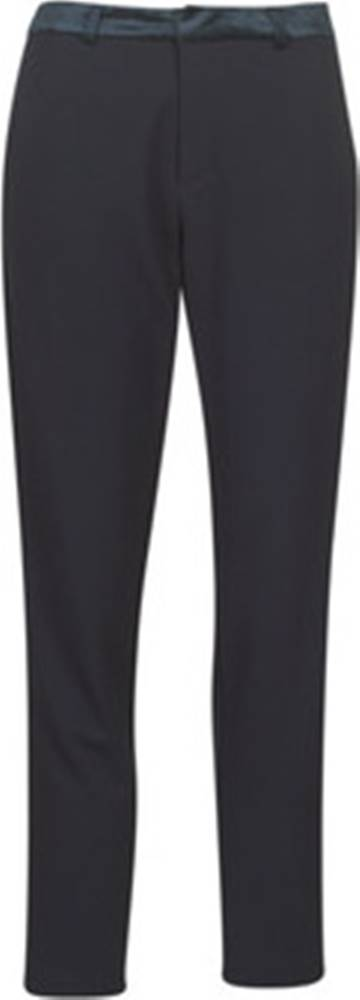 Maison Scotch Maison Scotch Kapsáčové kalhoty TAILORED SWEAT JOGGER WITH VELVET WAISTBAND Černá