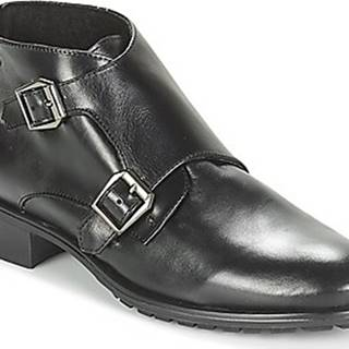 Betty London Kotníkové boty JIELO Černá