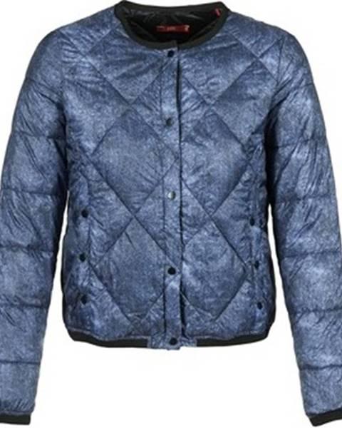 Modrá bunda Esprit