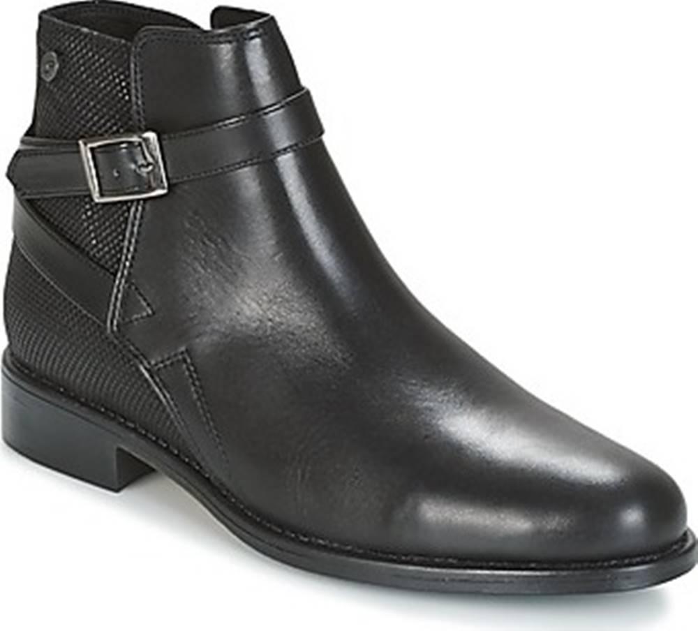Betty London Betty London Kotníkové boty NORINA Černá