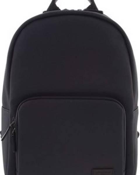 Černý batoh Hexagona