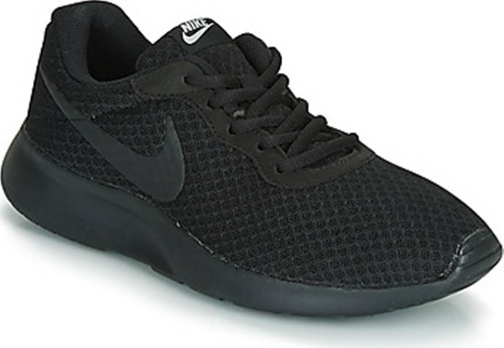 nike Nike Tenisky TANJUN W Černá
