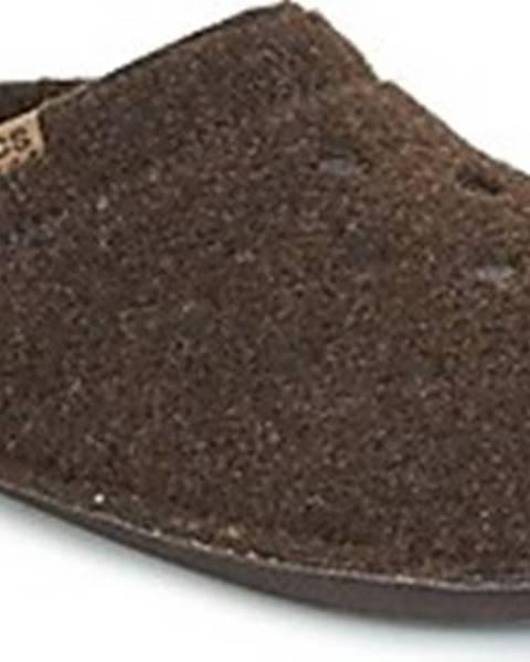 Hnědé domácí boty crocs