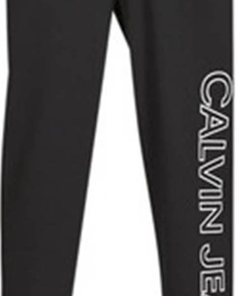 Černé tepláky calvin klein jeans