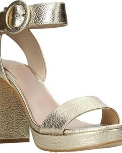 Zlaté sandály Guess