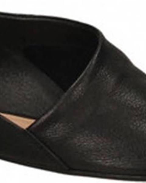 Černé sandály Salvador Ribes