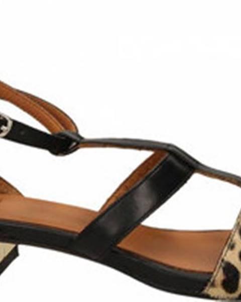 Jiná barva sandály Malù