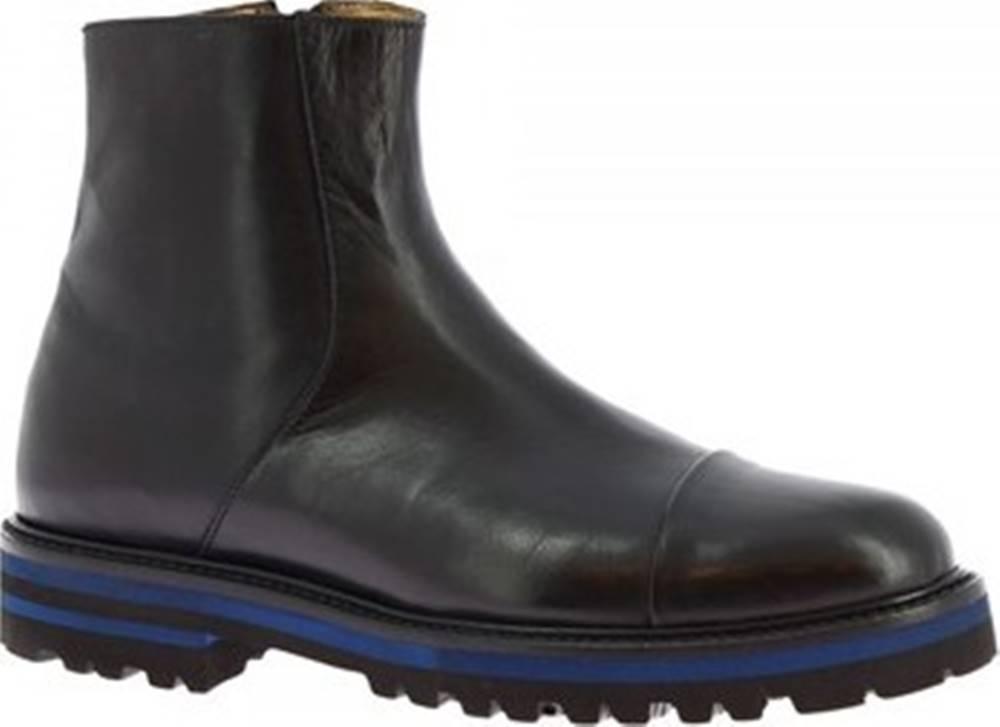 Leonardo Shoes Leonardo Shoes Kotníkové kozačky 7403 VITELLO NERO Černá