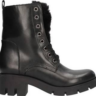 Nh.24 Kotníkové boty RT2246 Černá