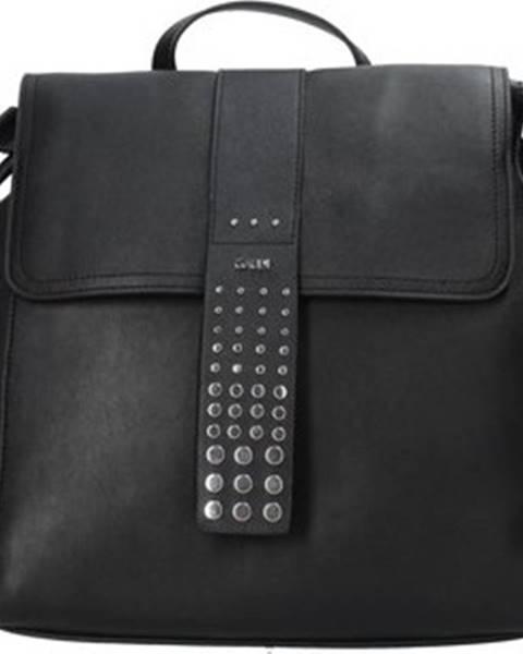 Černý batoh GAUDÌ