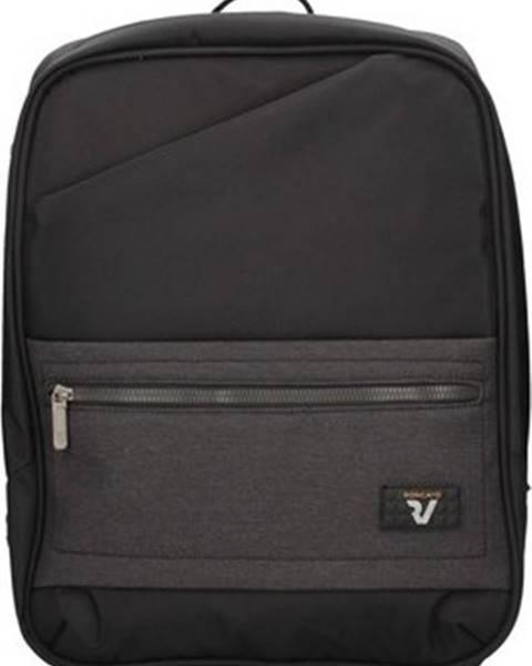 Černý batoh Roncato
