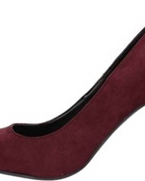 Červené boty Gattinoni