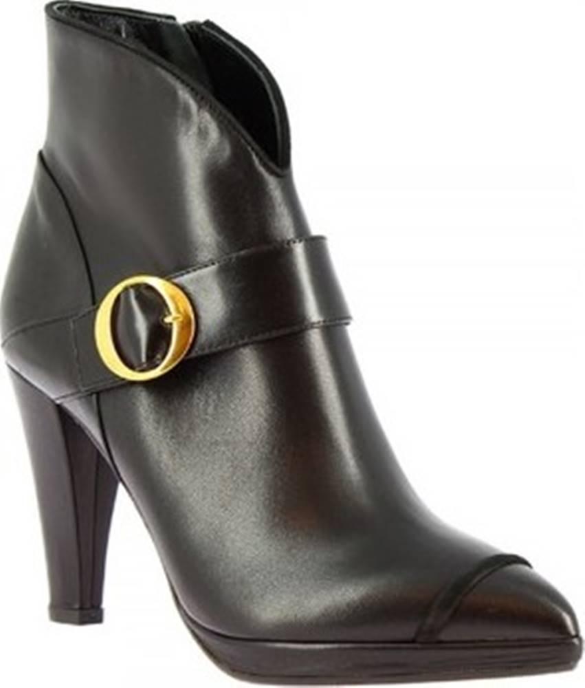 Leonardo Shoes Leonardo Shoes Kotníkové kozačky 4553 NAPPA/ CAM NERO MIA 80 Černá
