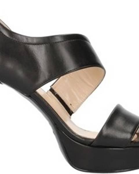 Černé sandály Nero Giardini