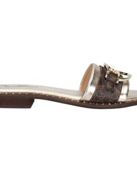 Bílé pantofle Gattinoni