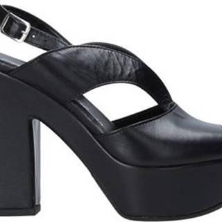 Grace Shoes Sandály F37 Černá