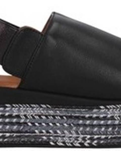 Černé sandály INUOVO