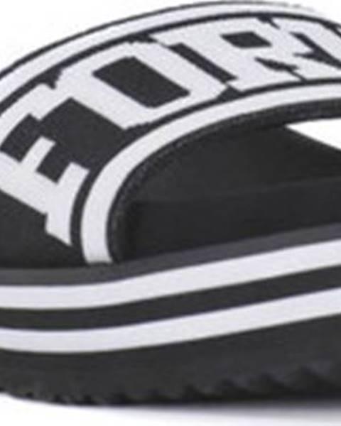 Pantofle fornarina