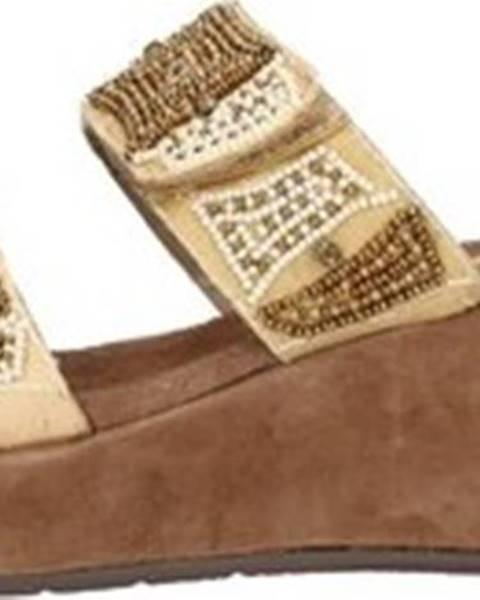 Béžové pantofle Clia Walk