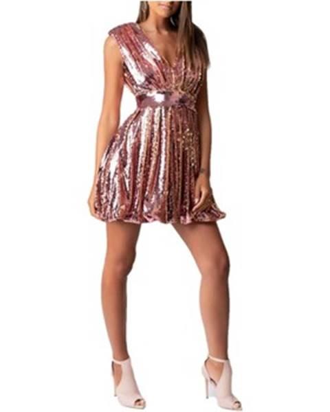 Růžové šaty Dramée