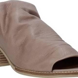 Bueno Shoes Dřeváky N6103