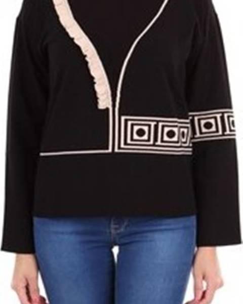 svetr Versace