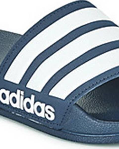 Modré pantofle adidas