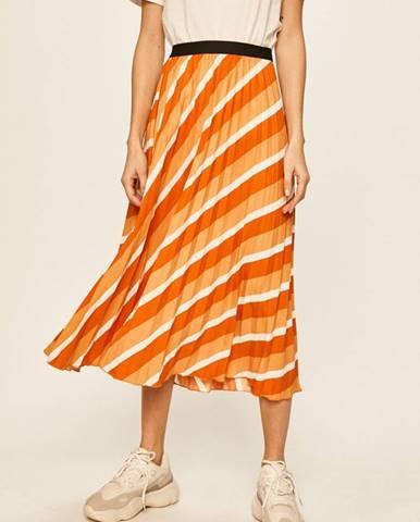 Oranžová sukně only