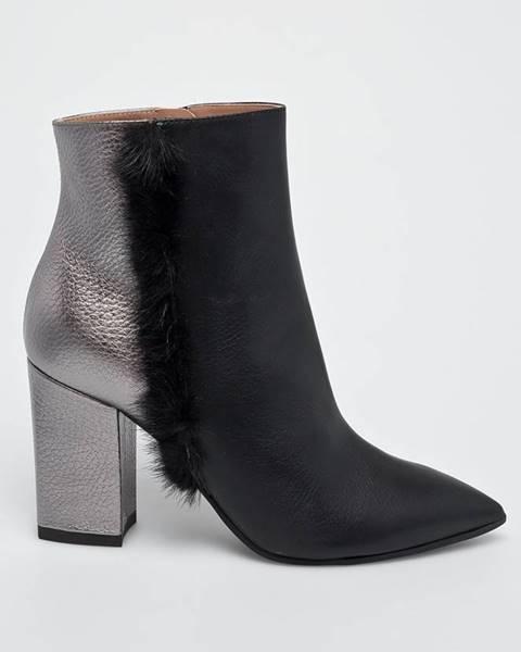 Černé boty Pollini