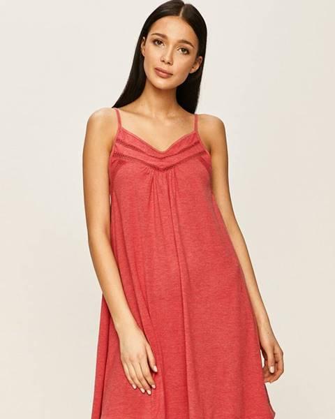 Růžové šaty roxy
