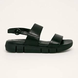 Tamaris - Kožené sandály
