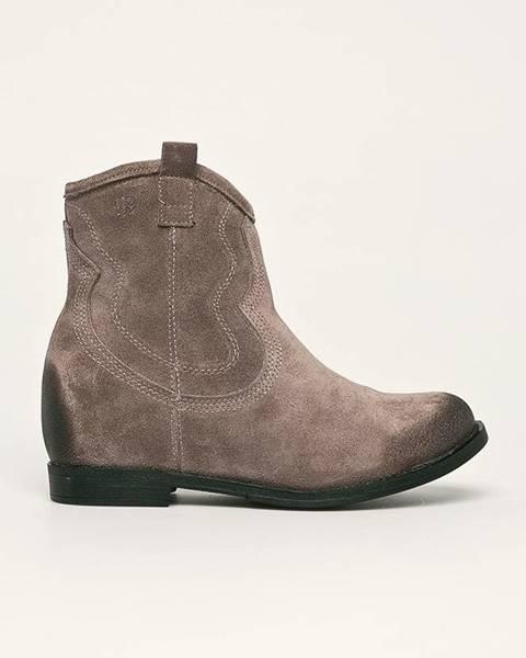Šedé boty Badura
